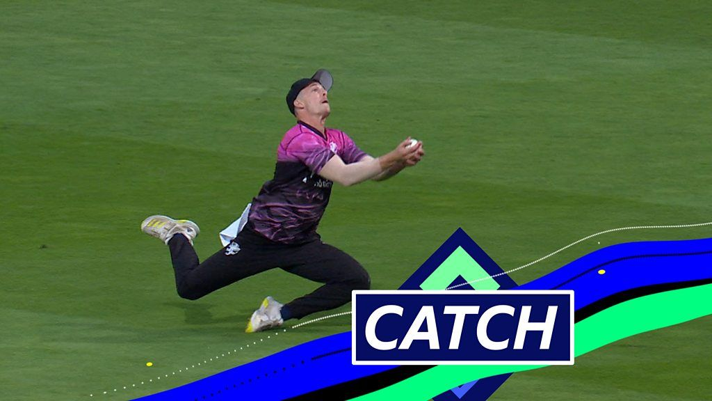 'That's magnificent!' - Watch Abell's brilliant diving catch in T20 Blast final