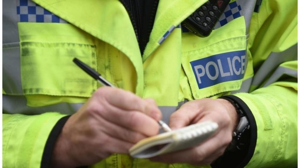 Police and prison staff to get more than 1% pay cap