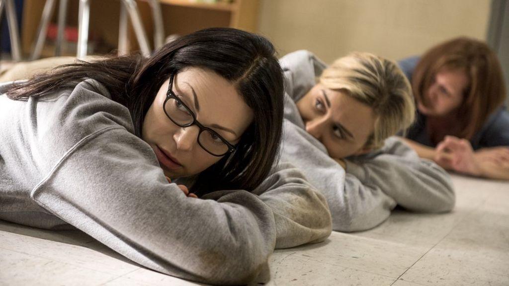 'Box set Britain': Millions skip sleep to binge-watch TV
