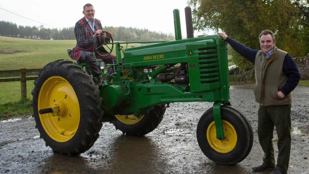 Lauder tractor parade for rugby hero Doddie Weir's foundation