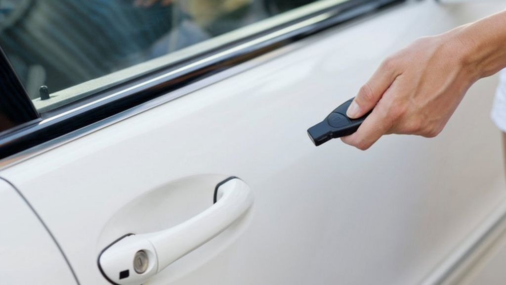 Car key jammers: What you need to know - BBC News