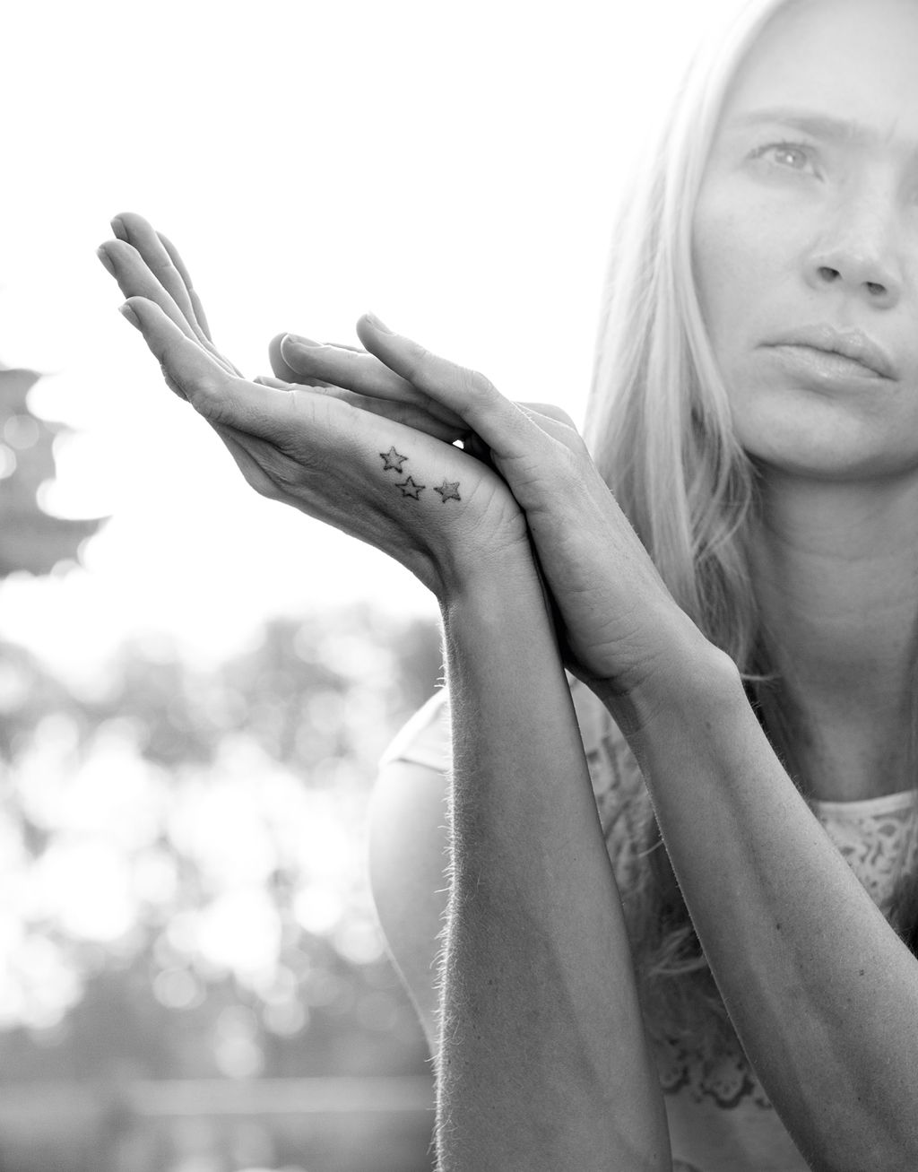 Hands of supermodel Jodie Kidd