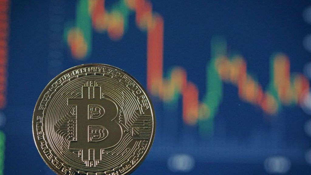 Bitcoin exchange Youbit shuts after second hack attack