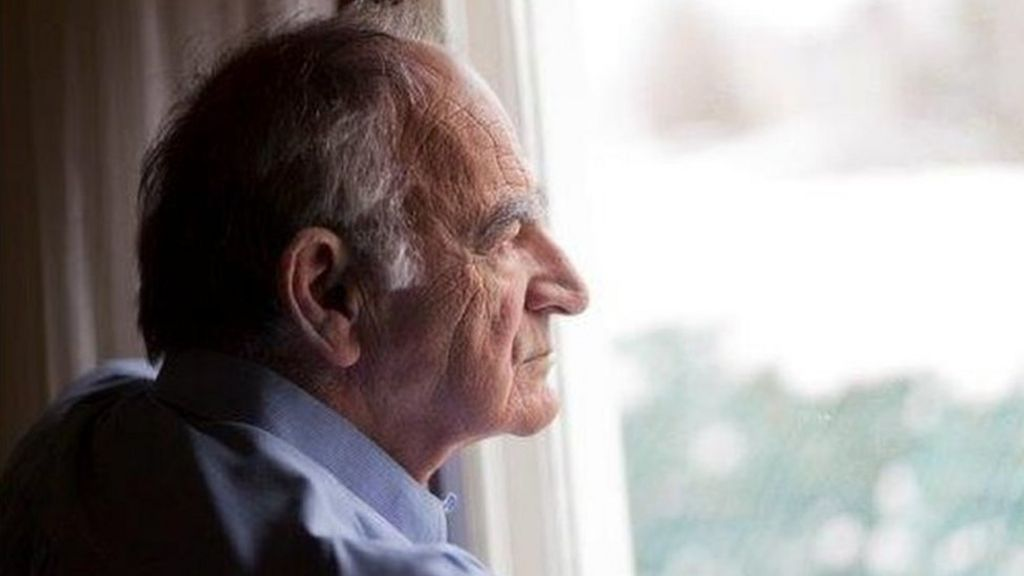 Rises in life expectancy 'levelling off'