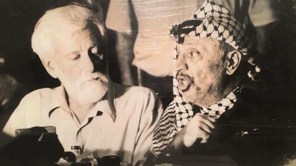 Was Israel prepared to kill a journalist to get to Arafat? - BBC News
