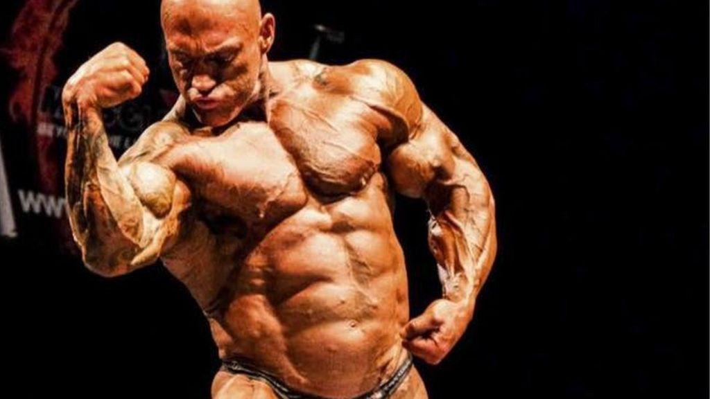 cobre Incienso mármol  Mr Scotland bodybuilder trial hears accused 'admitted killing' - BBC News