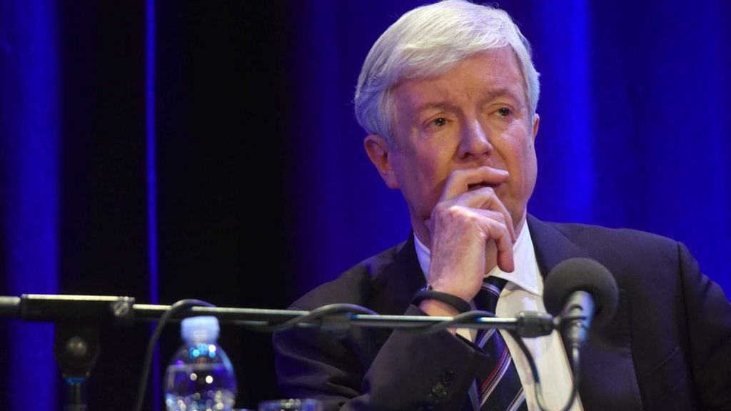 BBC to scrap £10m cuts to local radio, says Lord Hall