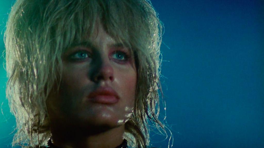 Daryl Hannah as replicant Pris in Blade runner