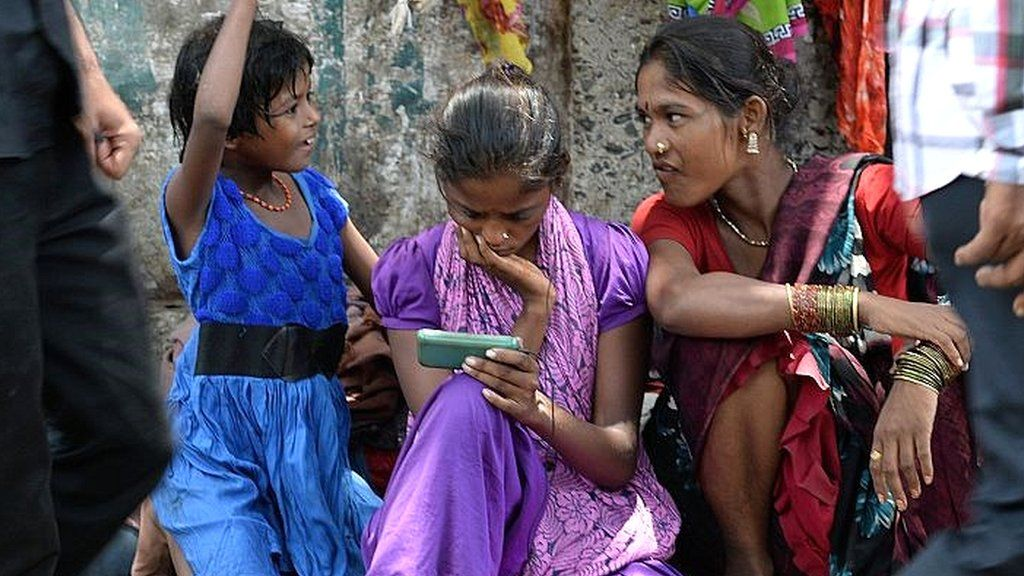 Google Play and iOS apps demand surges in India and China - BBC News