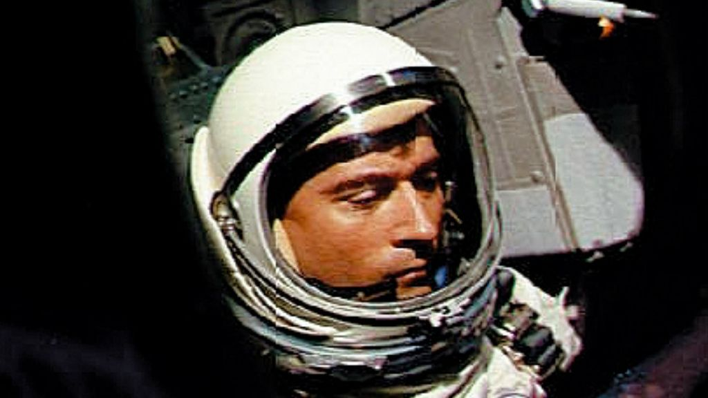 US astronaut John Young dies aged 87