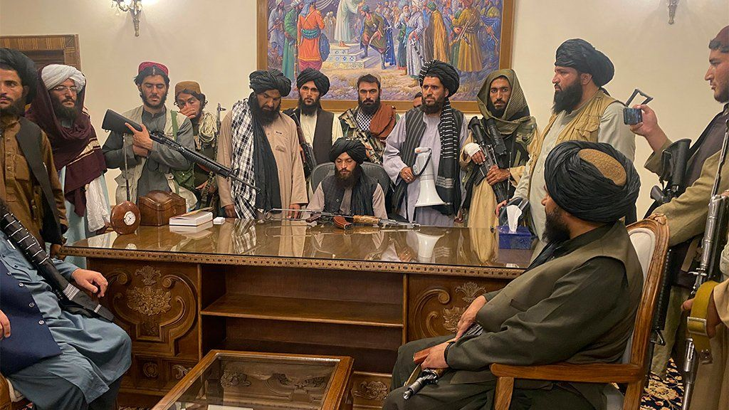 Taliban fighters take control of Afghan presidential palace, Kabul, August 15 2021