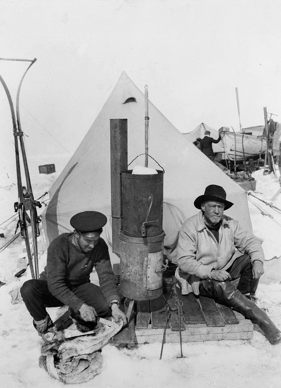 Frank Hurley and Sir Ernest Shackleton