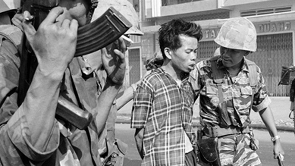 Eddie Adams Iconic Vietnam War Photo What Happened Next Bbc News