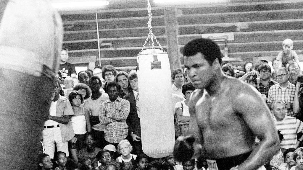 the worlds greatest muhammad ali Muhammad ali was not just an athlete who embodied the times in which the world's greatest boxer was born muhammad ali first heard about elijah muhammad.