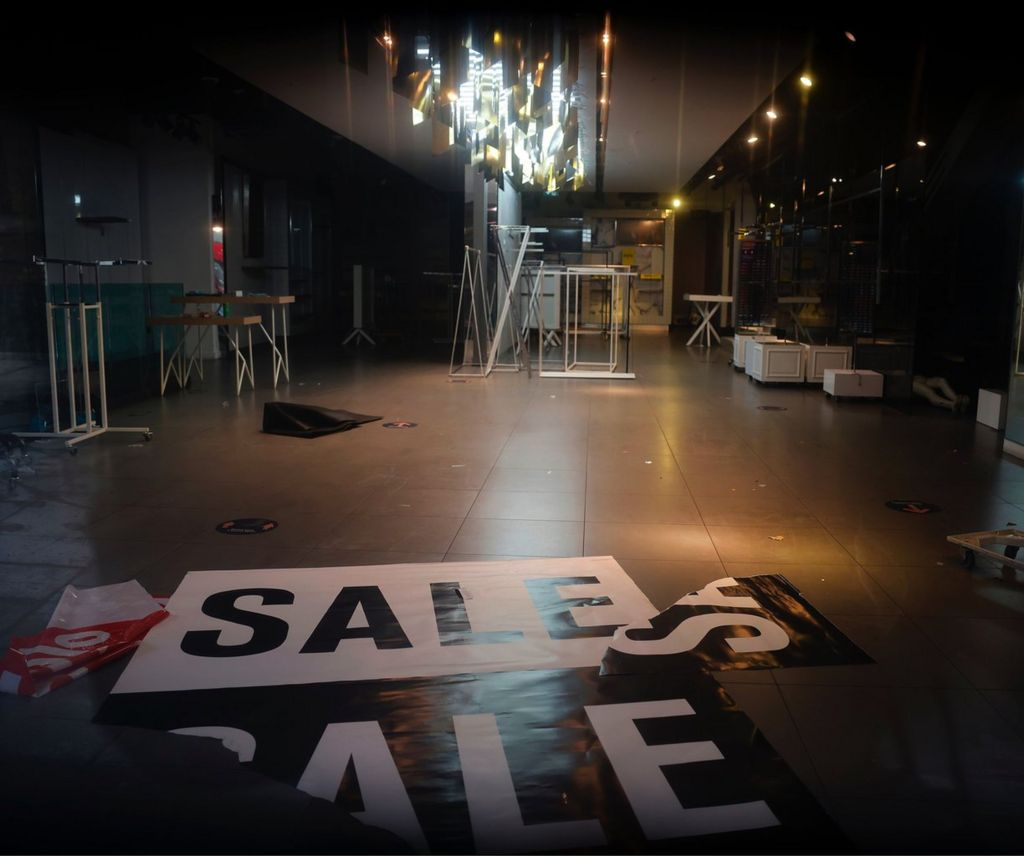 Empty Topshop store