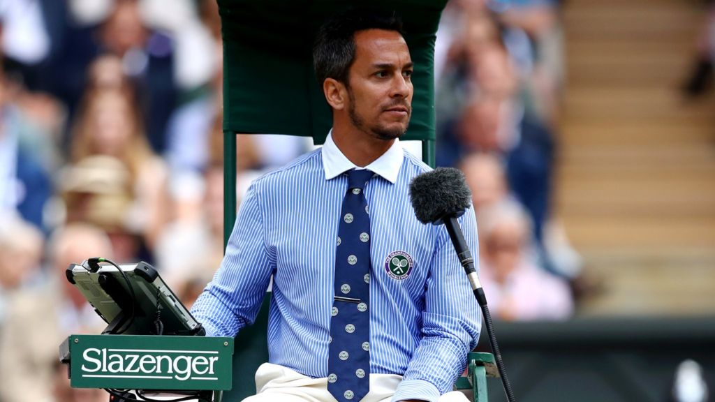 Арбитра, который судил финал Уимблдона, уволили из ATP-тура