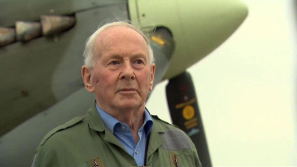 Luftwaffe ace flies in Spitfire