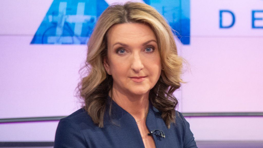 Victoria Derbyshire Says We Don T Give Up After Her Tv Show Is Cut Bbc News