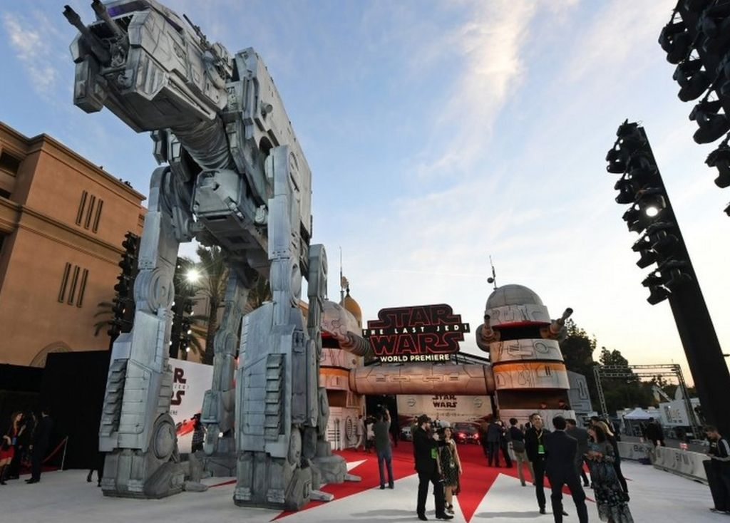 Star Wars: The Last Jedi - tributes to Carrie Fisher at LA premiere