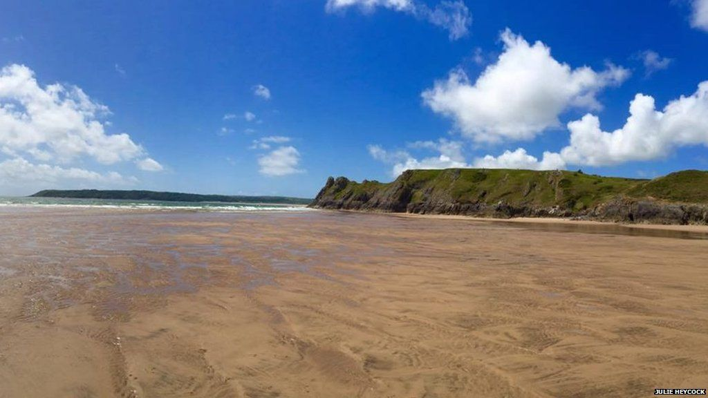 Wyddoch chi fod Bae'r Tri Chlogwyn yng Ngŵyr wedi ymddangos mewn fideo o un o ganeuon y band enwog, Red Hot Chilli Peppers: // Three Cliff Bay is one of the most photographed areas of Gower and appears in a music video for The Red Hot Chilli Peppers