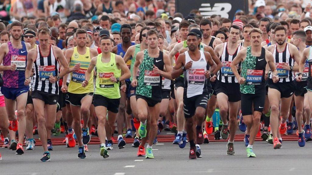 76bb9f4500 London Marathon 2019: More than 40,000 taking part - BBC News