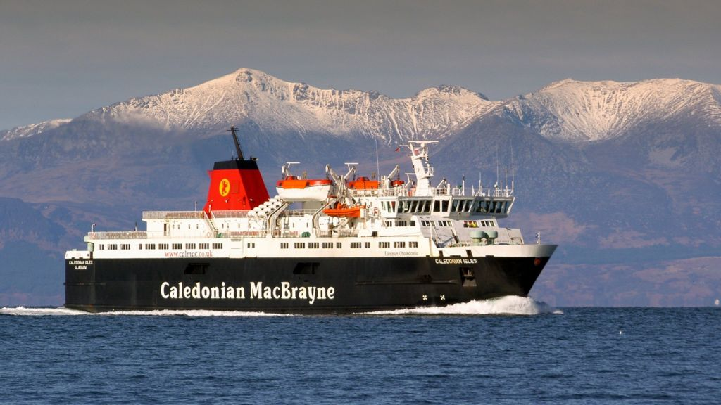 Clyde and Hebrides ferry process 'fair and transparent' - BBC News