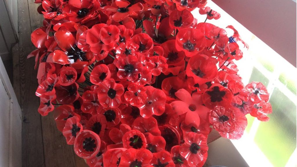 Remembrance Day Tredegar Turns Plastic Into Poppies Bbc News