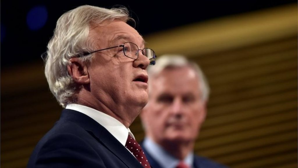 Barnier gives UK two weeks to clarify Brexit bill amount