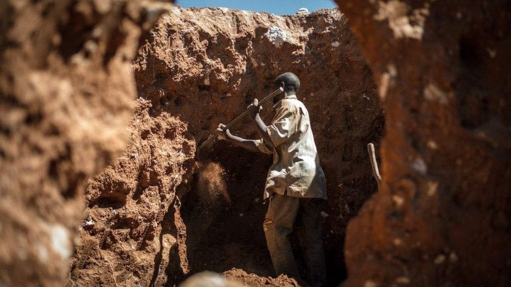 DR Congo signs new mining law despite companies' opposition