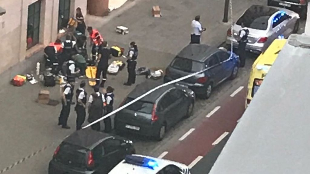 Man shot after attacking Brussels troops
