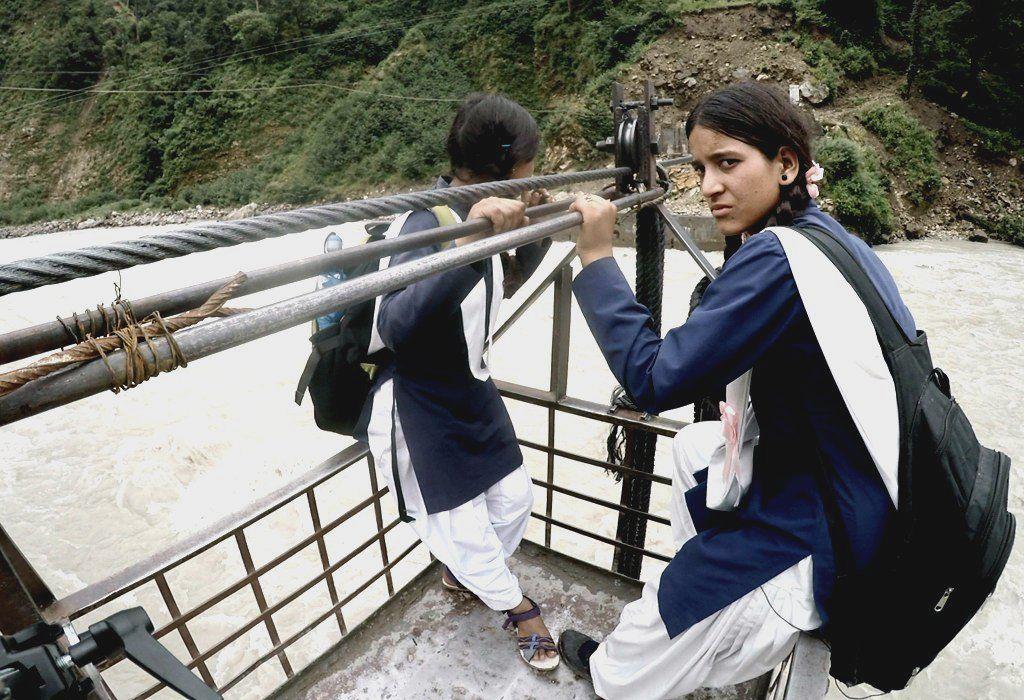 Crossing the Bhagirathi River