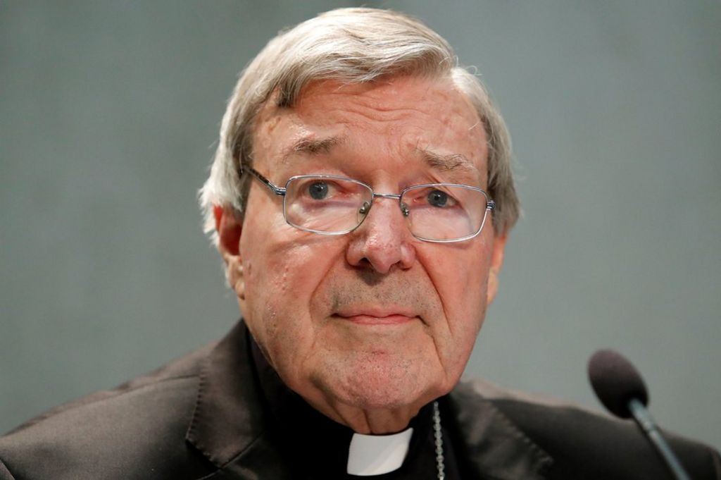 Cardinal Pell returns to Australia to fight charges