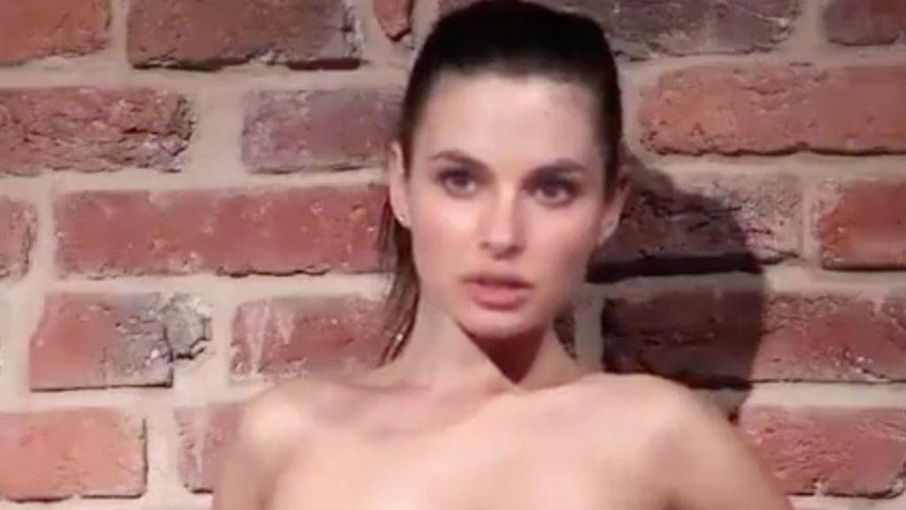 Young women fuck video