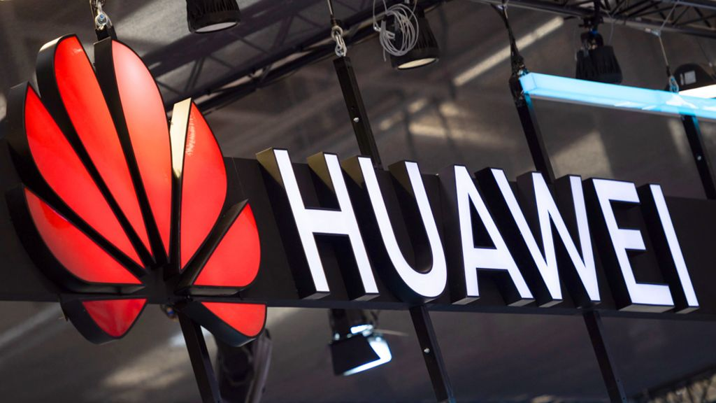 Huawei's 'shoddy' work prompts talk of a Westminster ban - BBC News