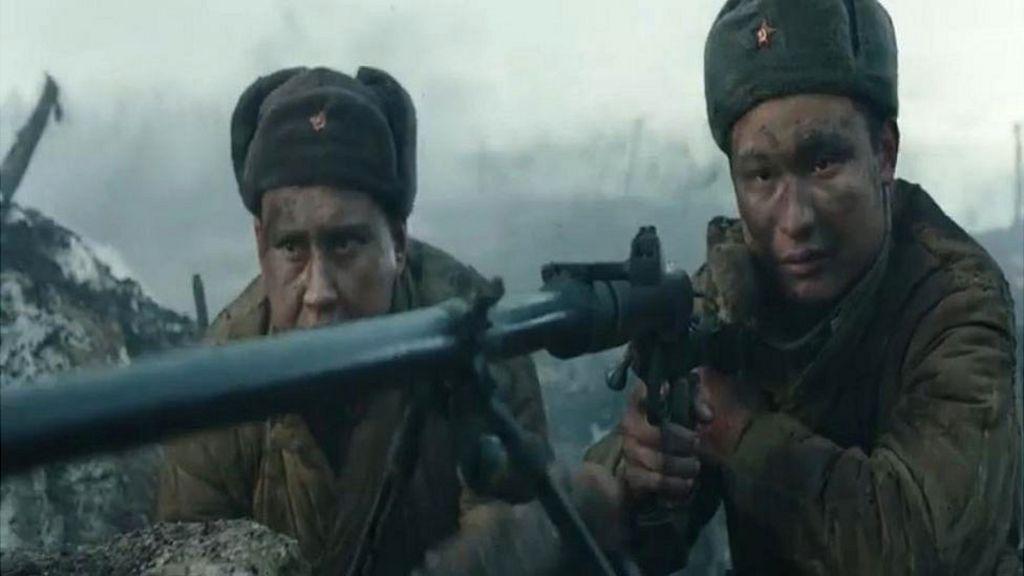Putin backs WW2 myth in new Russian film - BBC News