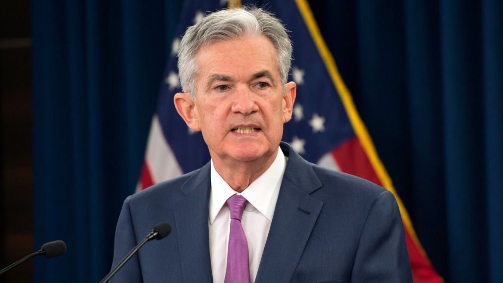 US Fed chair Jerome Powell backs cautious path on rates - BBC News