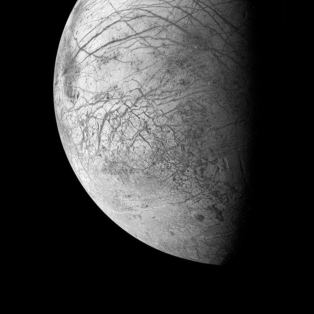 Europa, an ice-covered ocean moon, Jupiter, 1998