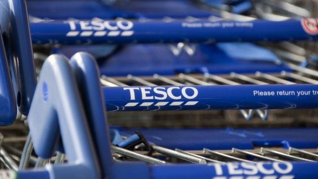Tesco-Booker deal to face in-depth competition probe