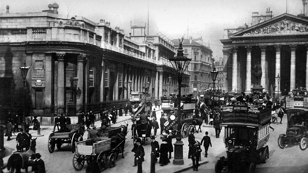 Bank of England and the Royal Exchange, London, 1912