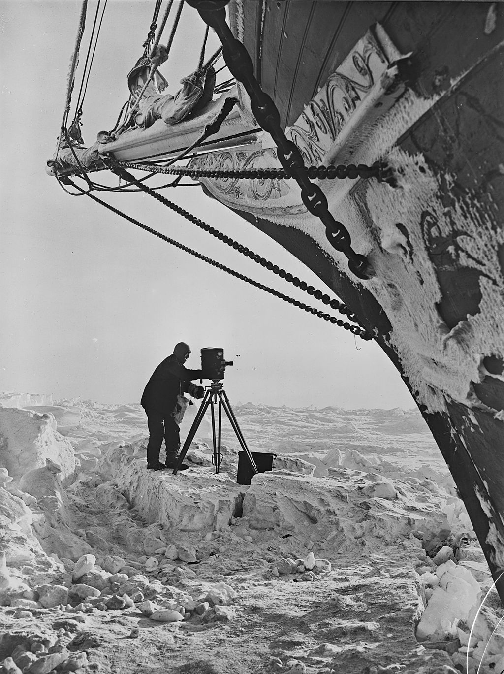 Frank Hurley in the shadow of Endurance