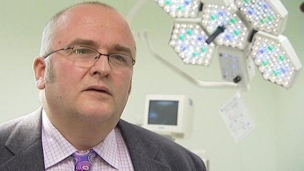 Liver surgeon Simon Bramhall marked initials on patients