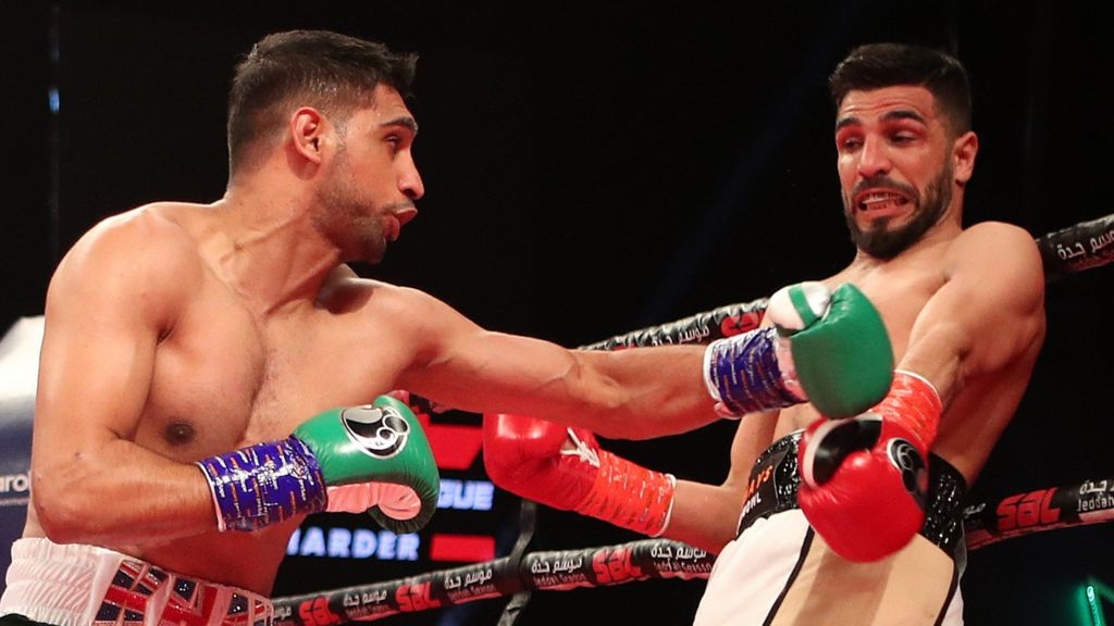 Amir Khan beats Billy Dib to claim WBC international welterweight ...