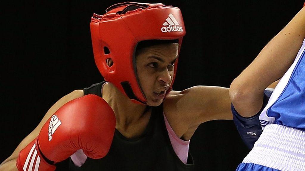 Ramla Ali: My secret life as a boxing champion - BBC Sport