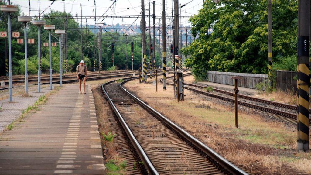 bbc.co.uk - Czech pensioner jailed for terror attacks on trains