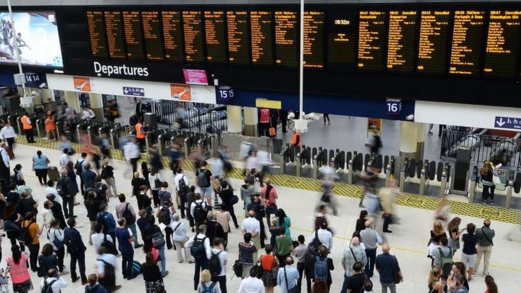 Rail fares: Commuters 'priced out' by increases, campaigners say