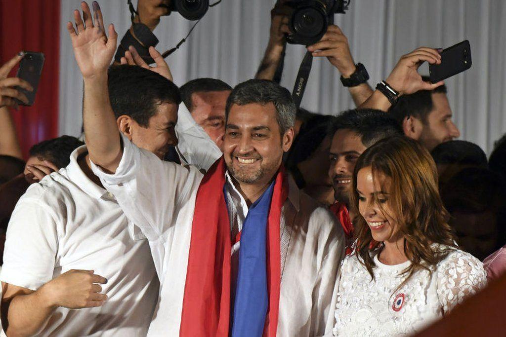 Qué significa la victoria del oficialista Mario Abdo del Partido Colorado como presidente de Paraguay