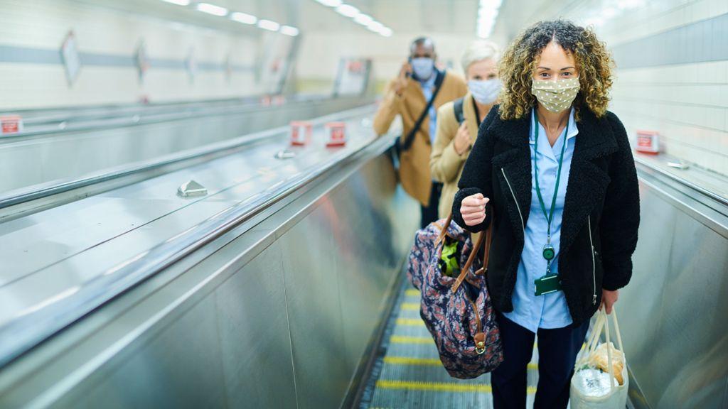 Wearing face masks on public transport