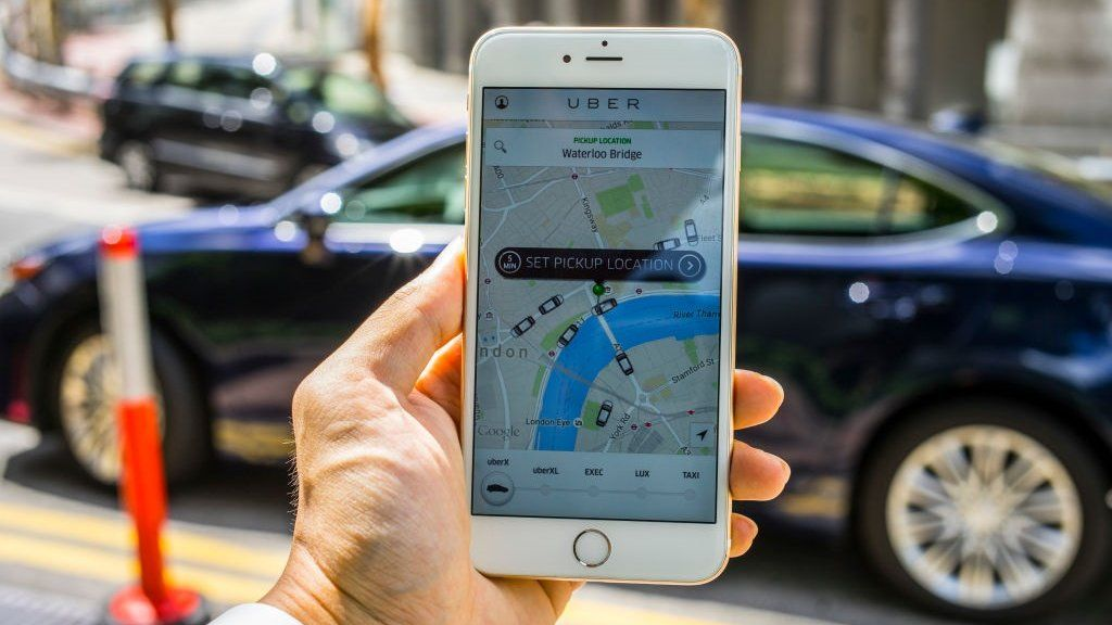 Uber drivers claim discrimination over London congestion plan - BBC News