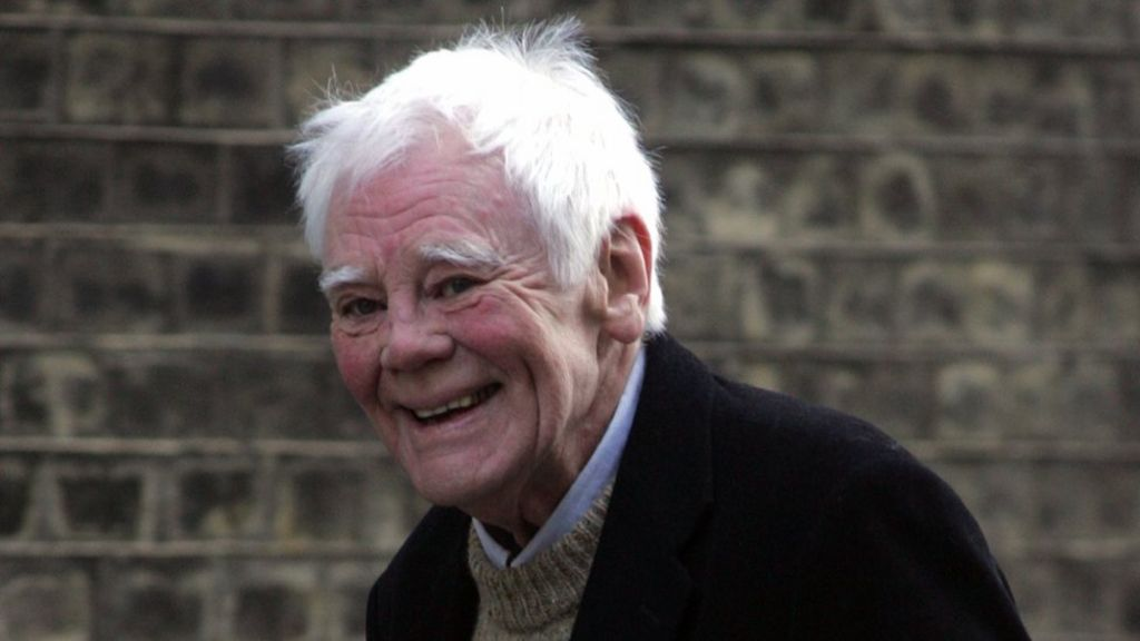 Actor and activist Tony Booth dies