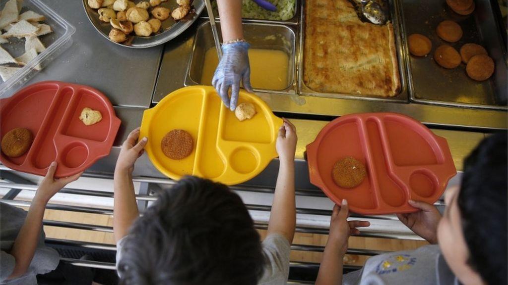 bbc.co.uk - Birkenhead school's meal threat angers parents